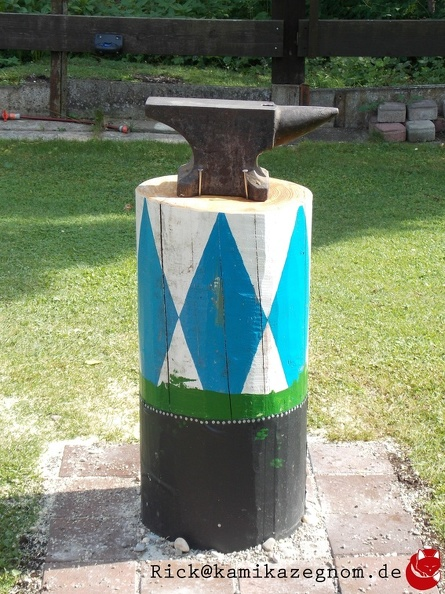attachment:Amboss_Foto_2.jpg