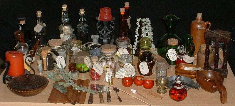 http://www.larpwiki.de/uploads/Hanount_Alchemie2klein.jpg